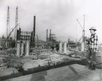 Image of 2001.tan.145 - worksite, refinery