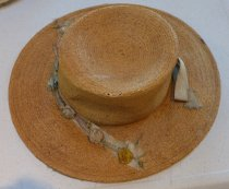 Image of Straw hat with ribbon and flowers