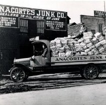 Image of Anacortes Junk Co. truck
