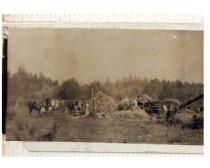 Image of 2017.034.017-.018 - Loading hay at Shoultz farm