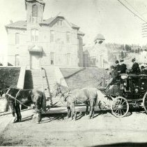 Image of Deadwood-Spearfish Stagecoach - 0070.012.001