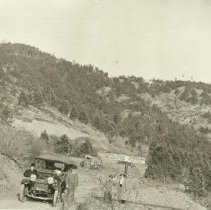 Image of Car at Railroad Crossing - 0070.198.001