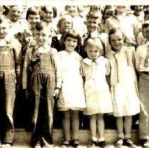 Image of Second Grade, Lead School, 1934-35 - 2014.034.013