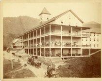 Image of 586 Blue Mountain Lake House, Adirondacks. - Print, photographic