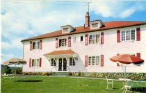 Image of Entrance To One Of The Cottages, Scaroon Manor On Schroon Lake, New York - Postcard