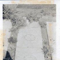 Image of Grave marker of W.V. Tranter, Wimereux Communal Cemetery, France