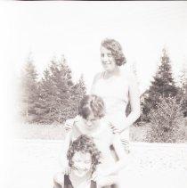 Image of Elizabeth Hillmer (bottom); Maggie Myers (top)