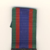 Image of 2006.043.005 a-c - Medal, Military