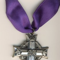 Image of 2007.039.003 a-c - Medal, Military