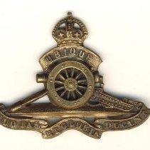 Image of 2007.039.004 - Badge, Cap