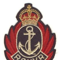 Image of 993.018.020 - Badge, Military