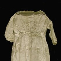 Image of 2014.015.001 - Gown, Baptismal