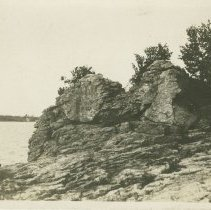 Image of Tobermory, postcard front