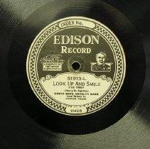 Image of 2002.064.0003.disc.label.b