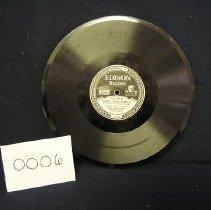 Image of 2002.064.0006.disc.b