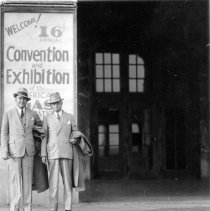 Image of Evans and C.J.G. Haas at National Gas Convention, 1924