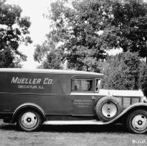 Image of Photo Mueller Truck  1928