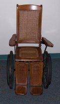 Image of Wheelchair - 1985.011c.0001