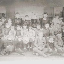Image of 1988.00230.016 - School Group