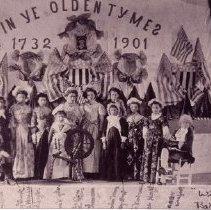 Image of 1998.00472.015 - Historic Fashion Show, 1901, at Winston Hall