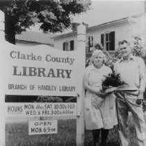 Image of 1998.00472.130 - Clarke Co. Library-Anniversary, 1986