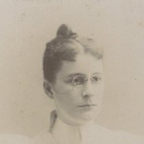 Image of 1999.00456.092 - Unknown Young Woman, 1895
