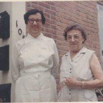 Image of 2003.00055.028 - Dix, Mary Frances & Frances-Dec 1967