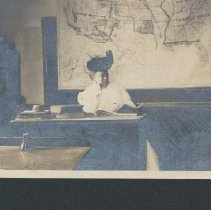 Image of 2003.00067.003 - Glover, Lillie (Young)-Teacher, 1910