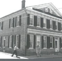 Image of 2005.00023.017.A - Berryville-18 & 20 North Church St., 1991