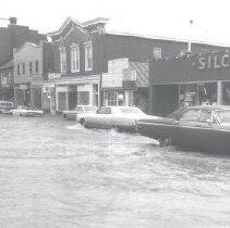 Image of 2005.00023.078 - Flood, 1972-Berryville-W. Main Street