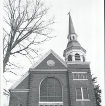 Image of 2005.00023.157 - Berryville Baptist Church-CLose Front View