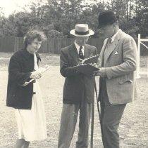 Image of 2008.00048.011 - Judging, 1959: Hedricks, Bowles, Dole