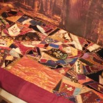 Image of 2006.00012.002 - Quilt