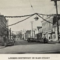 Image of 2014.00006.111-50a - Berryville-Main St.-View West From Church St., cDec 1945