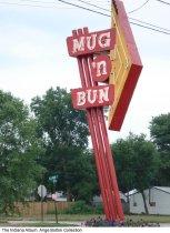 Image of Snapshot of the Mug N' Bun Drive-In neon sign, Indianapolis, Indiana, ca. 2008