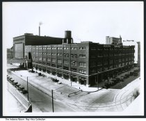 Image of Photo of Indiana Terminal Warehouse, Indianapolis, Indiana, ca.1920 - Bird's-eye photo of the Indiana Terminal Warehouse, and the Indiana Refrigeration Company. The tower of Union Station is seen in the background.