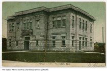 Image of Postcard of Public Library, Frankfort Indiana, ca. 1910 - Postmarked 1910