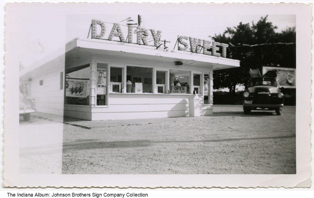 dairy sweet drive in restaurant fort wayne indiana circa 1950s dairy sweet drive in restaurant fort