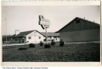 Image of Broad Acres Motel, Columbia City, Indiana, ca. 1945