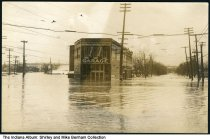 Image of Flood waters by Morgan & Torrenga Auto Co., Lafayette, Indiana, March 1913