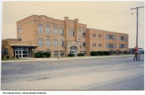 Image of Lancaster Central Elementary School, Bluffton, Indiana, ca. 1990 -