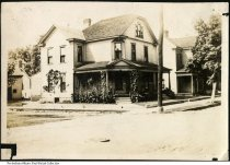 Image of House on 9th and Elm Streets, New Albany, Indiana, ca. 1910 - This was once the residence of Jacob and Emma Hauswald.