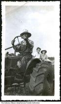 Ernest, Ellen, and Mildred Stephenson, New Richmond