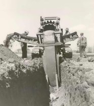 Image of Wisconsin Public Service Laying Gas Pipeline - P1989.3.51