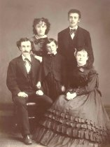 Image of Fisk Family - P2000.3.195