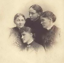 Image of Daughters of George F. Wright - P2000.20.59