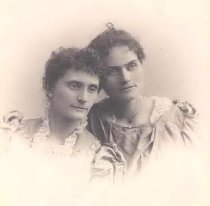 Image of Jennie & Nellie Wright