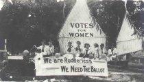 Image of Fourth of July Float: Oshkosh Equal Suffrage league - P2000.32.4