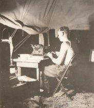 Image of Harry Meeleus at work - P2001.84.15