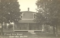 Image of Grand View Hotel at Butte des Morts, Wisconsin. - p2003.20.1073